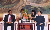 王刚会长会见联合国人口基金执行主任