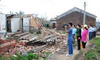 省计生协到文昌市翁田、冯坡镇慰问受灾计生群众