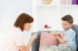家长发三分脾气,会对孩子形成七分损害