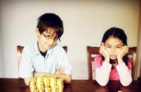 父母教育误区:重物质轻精神,重智商轻情商