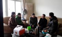 重庆市威廉希尔登录协会长陈万志走访慰问威廉希尔登录困难家庭