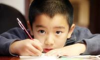 武志红:孩子总考砸,可能有内情