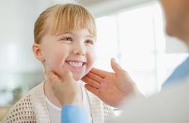 尊重与换位思考:与逆反期孩子沟通的六个技巧