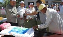 宁夏利通区威廉希尔登录协积极开展民族团结月宣传服务活动