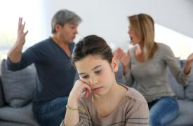 从明星离婚,谈离异对孩子的伤害?