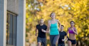 处暑后适量运动 避免大量出汗伤阳气