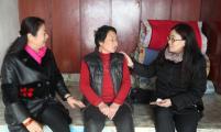 科尔沁区计生协开展生育关怀公益金送温暖活动