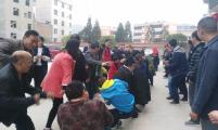 福泉市道坪镇:计划生育协会举办拔河比赛
