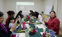 桥西区留营街道计生协举办母亲节插花活动