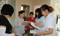官塘桥街道开展新建小区孕期妇女走访服务