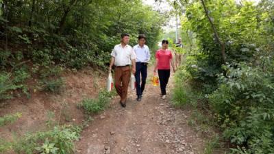 滁州市张山乡威廉希尔登录协开展走访慰问威廉希尔登录困难家庭活动