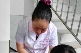 重庆市江津区计生协为计生特殊家庭开展免费健康体检活动
