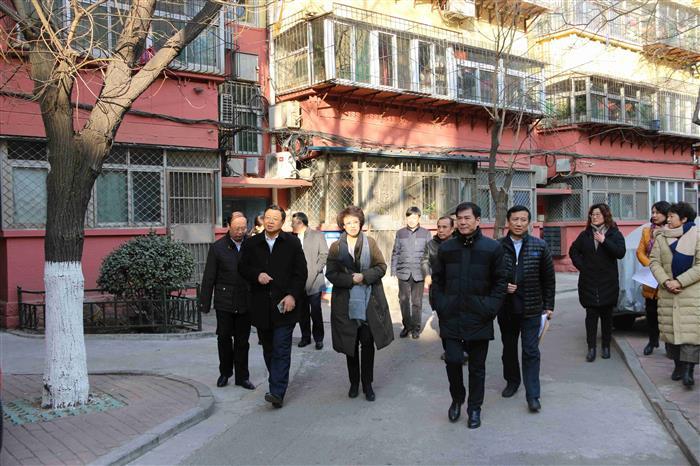 济南市卢江副市长走访慰问历下区计生困难家庭3.jpg