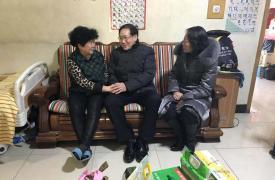 河北省计生协领导到石家庄慰问困难计生特殊家庭