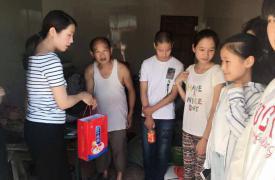 江苏扬中三茅街道把对计生家庭儿童的暑期关爱落到实处