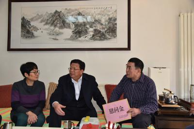 山东省济南市委副书记苏树伟春节之际走访慰问困难威廉希尔登录家庭