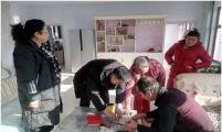 """内蒙古自治区巴彦淖尔市威廉希尔登录协开展""""走基层 送温暖""""活动"""