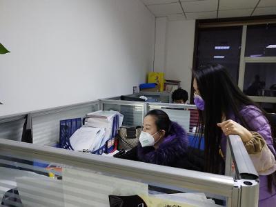 """疫情防控背后的数据人,""""办公室就是我的家"""""""