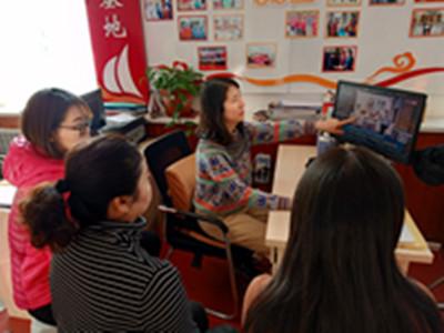 黑龙江省大庆市让胡路区开展世界艾滋病日宣传活动